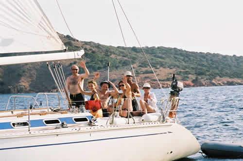 Groupe lors d'une croisière voile en Corse sur monocoque