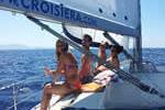 Croisières en amis belges sur ce voilier de location avec skipper en Corse