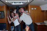 Découvrez les jeux de mains sur une croisière à la voile en Corse avec skipper