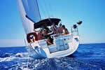 La liberté à la voile en Corse se nomme croisière avec skipper
