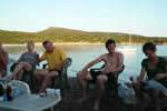 Les mythiques apéros sur Arbitru avec plusieurs voiliers réunis en Corse